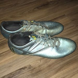 Adidas Messi 15.2 used soccer cleats